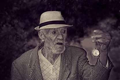 old-man-time-watch-160785.jpeg